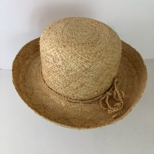 Accessories - Straw Hat With Rolled Brim.